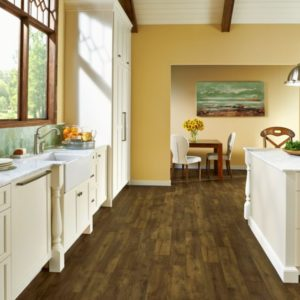 Armstrong Flooring Farmhouse Plank Rigid Core – Rugged Brown