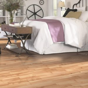 Mohawk RevWood Carrolton Warmed Maple Plank