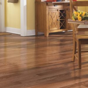 Mohawk SolidWood Belle Meade 325 Oak Golden